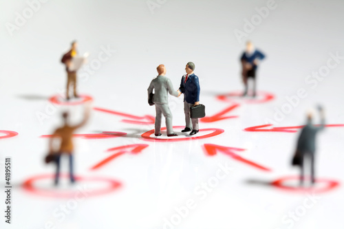 Fotografie, Obraz  Netzwerken und Unterstützung in der Geschäftswelt.