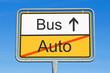 Auto und Bus