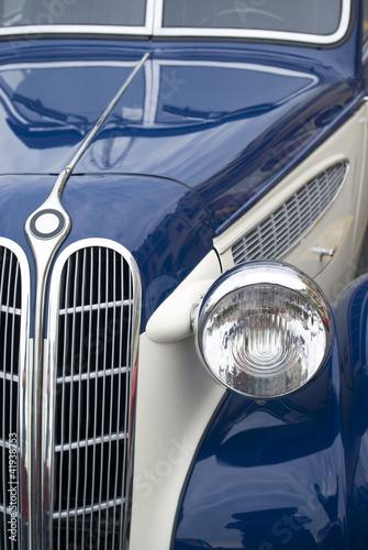staromodny-samochod