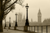 Big Ben & Houses of Parliament, Londyn we mgle - 41947981