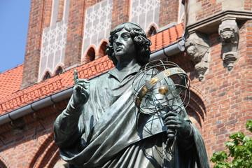 Fototapeta Nicolaus Copernicus statue in Torun