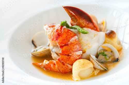 Photo Stands Ready meals Seafood dish with lobster.