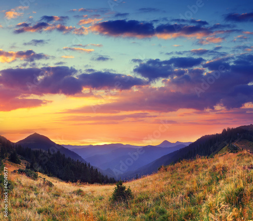 Tematy plakatów krajobraz-gorski