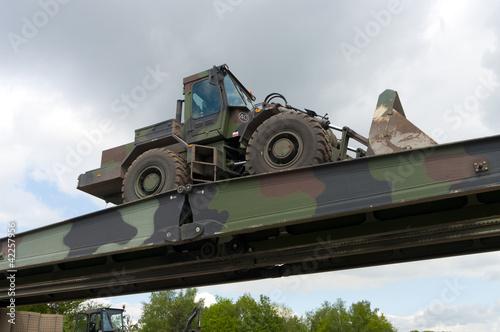 фотография  military bridge