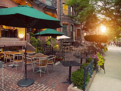 Carta da parati Scenic Cafe Terraces in Newbury Street, Boston, USA