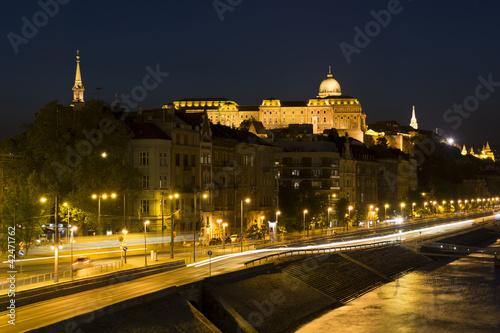Printed kitchen splashbacks Delhi Royal Palace, Budapest in the evening