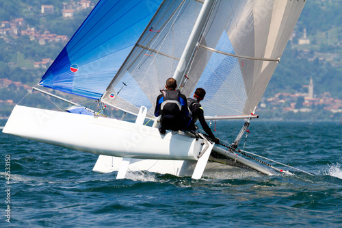 Foto op Plexiglas Zeilen catamaran