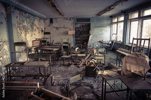 Fotografie, Obraz  Abandoned school in Chernobyl 2012 March 14