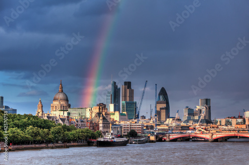 Valokuva London Financial District Skyline over Thames with rainbow