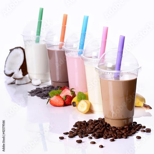 Milchshake Kokos, Schoko, Erdbeere, Banane und Kaffee