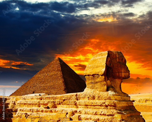 Great Sphinx and the Pyramids at sunset - 42751455