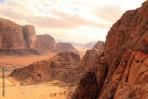 Photo  Beautiful view of the wadi rum in Jordan.