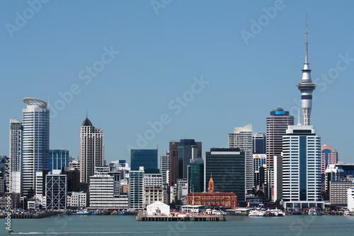 Foto op Aluminium Nieuw Zeeland Auckland City and Harbour with Skytower
