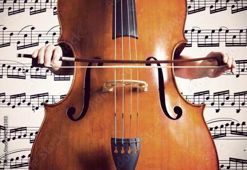 Zdjęcie XXL Kontrabas na podstawie muzycznej