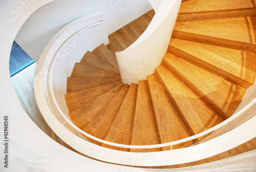 Photo Stands Stairs Wendeltreppe Holzstufen
