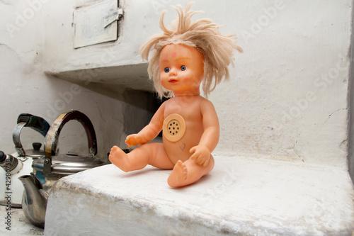 Fotografia, Obraz  old doll in the oven