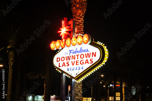 Poster Las Vegas The downtown Las Vegas sign at night