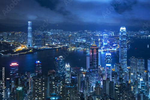 Photo  View of Victoria harbor from the peak at Hong Kong