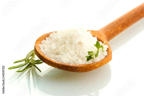Tuinposter Kruiden 2 salt in spoon with fresh thyme and rosemary isolated on white