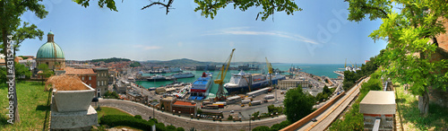 Photo Ancona, il porto a 360 gradi