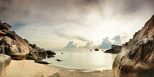 Panorama of tropical beach before sunset - 43244974