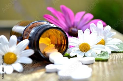 Fotografie, Obraz  Tabletten in Glas