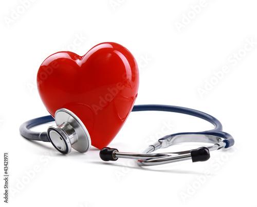 czerwone-serce-i-stetoskop