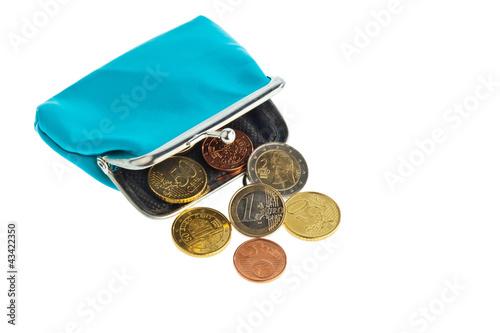 Fotografía  Geldbörse mit Münzen. Schulden und Armut