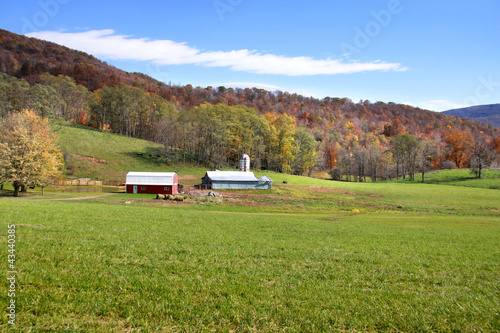 Fotografie, Obraz  Beautiful farm scene in West Virginia