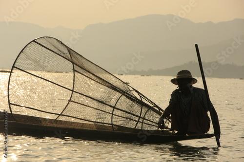 Fotografie, Obraz  Inle lake fisherman at sunset, Shan state, Myanmar