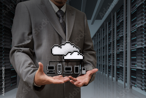 Photo sur Toile Pixel Businessman show cloud network icon on server room