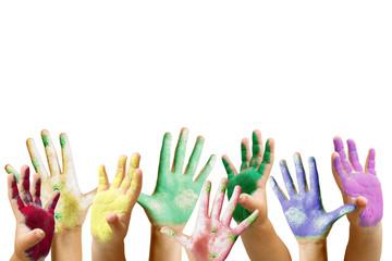 Tante mani di bambini colorate