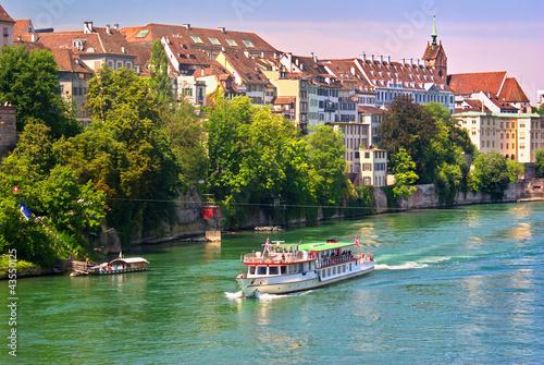 Fotografie, Obraz  Promenade en bateau-mouche sur le Rhin a Bâle , Suisse.