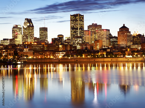 Foto op Canvas Canada Montreal skyline at dusk, Quebec, Canada