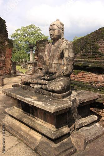 Printed kitchen splashbacks Place of worship Statue of Buddha in ancient temple, Polonnaruwa, Sri Lanka