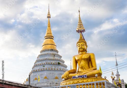 In de dag Bedehuis Beautiful temple in Chiang Mai. Thailand.