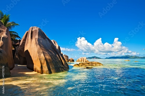 Fotografie, Obraz  Seascape view with a huge stones, Seychelles, LaDigue island
