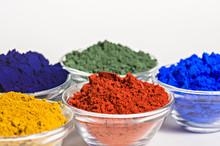 Farbpigmente In Glasschälchen