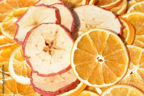 Staande foto Plakjes fruit Apfel und Orangenscheiben