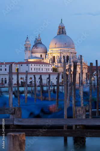 Fototapety, obrazy: Santa Maria della Salute church and gondolas in Venice