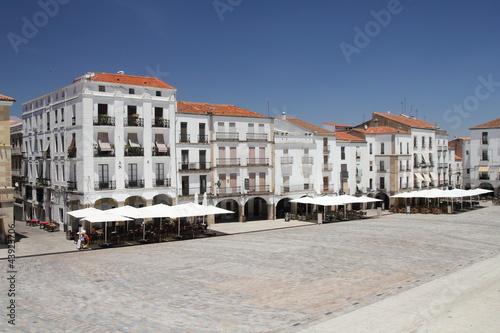 Plaza Mayor con terrazas. Cáceres, Extremadura.