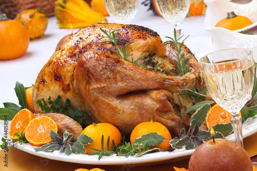 Fotografia  Roasted turkey feast