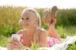 canvas print picture Blonde Frau beim Picknick