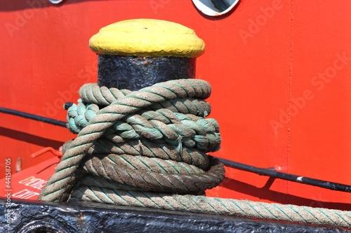 Fotografía  Poller auf einem Schiff