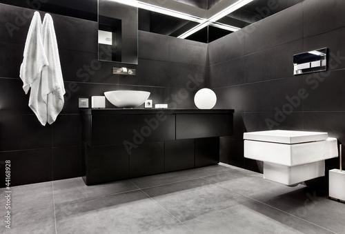 Fotografía  Modern minimalism style bathroom interior in black