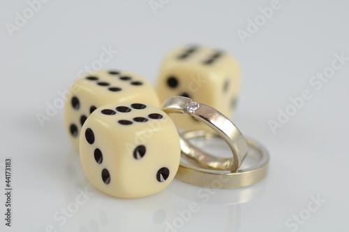 Glücksspiel Ehe плакат
