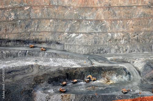 Fotografia, Obraz  Trucks in Super Pit gold mine Australia