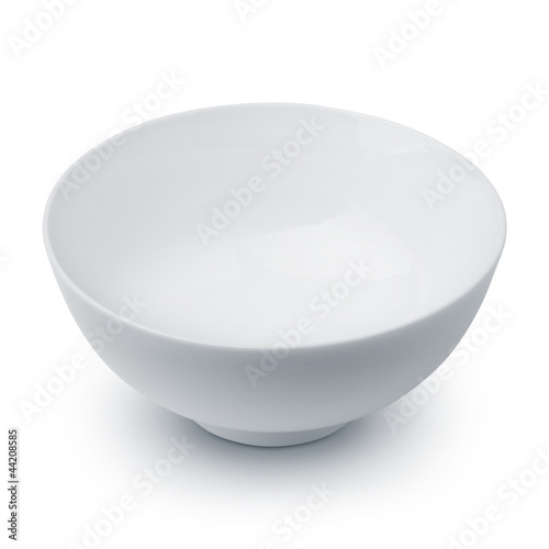 Photo  White ceramic bowl on white background