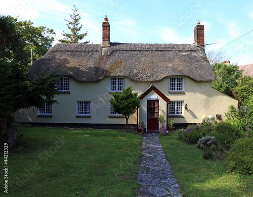 Photo  English cottage