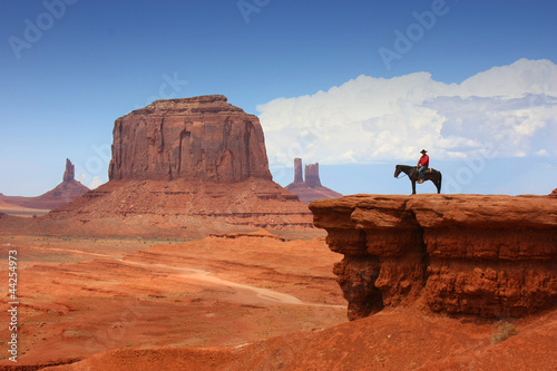 Monument Valley with Horseback rider ( john ford's point ) / Utah - USA Fotobehang